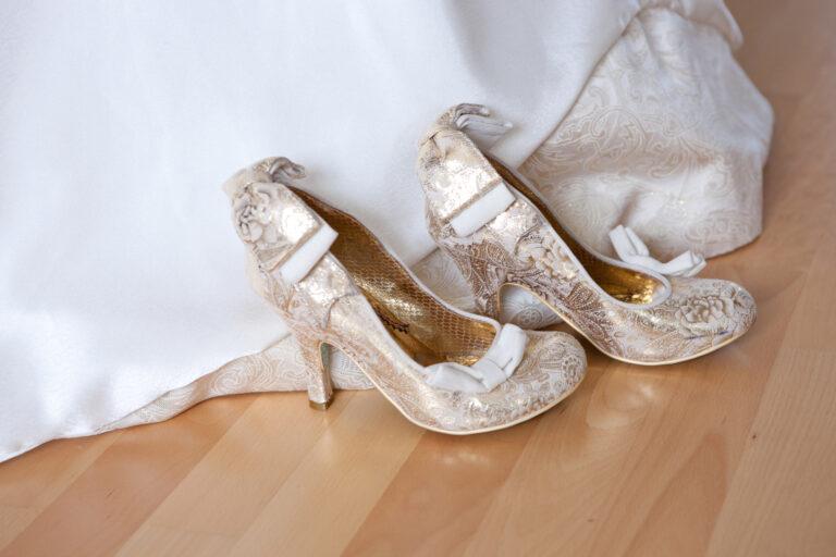 photo de chaussures de mariée